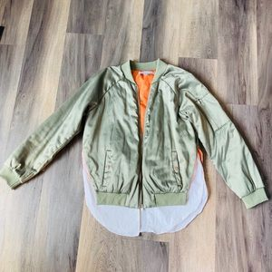 English factory bomber jacket with blouse